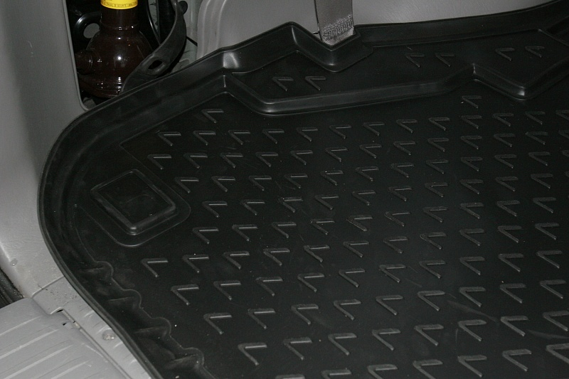 Автомобильный коврик Novline NLC.29.15.211k Lexus LX470 1998-2007 - фото 2