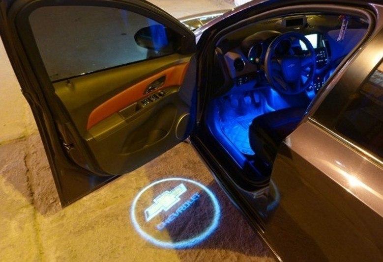 фонари на дверь авто с логотипом skoda